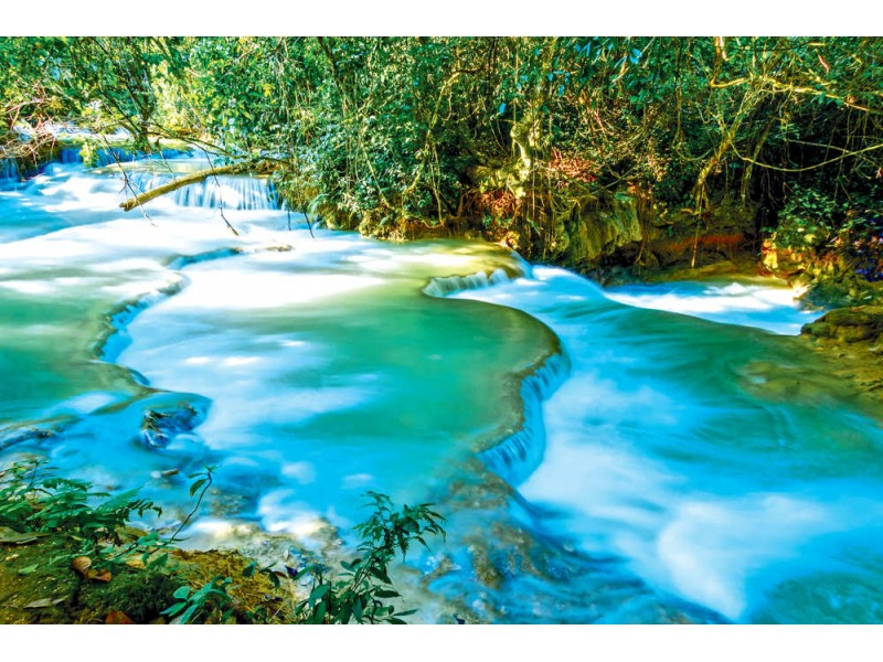 Fototapet Kuang Si Cascade Waterfall i Laos