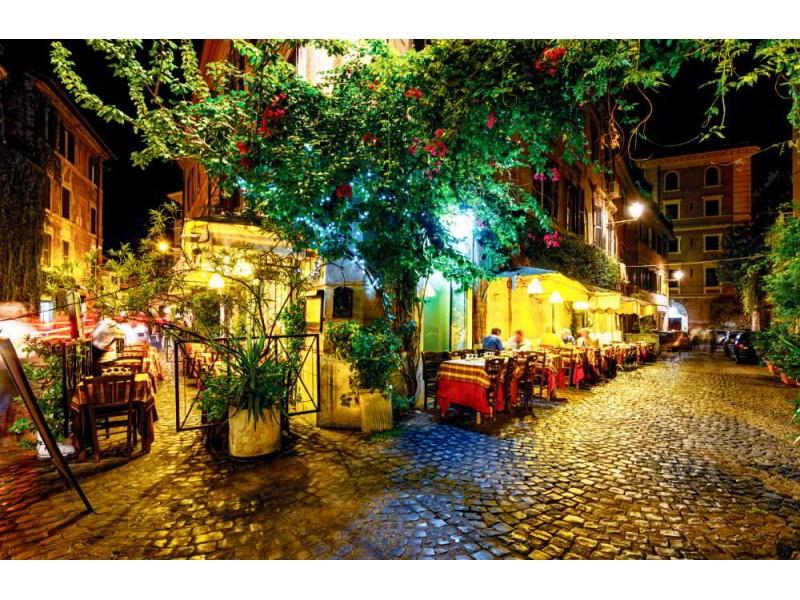 Fototapet nattsikt av den gamla gatan i Rom