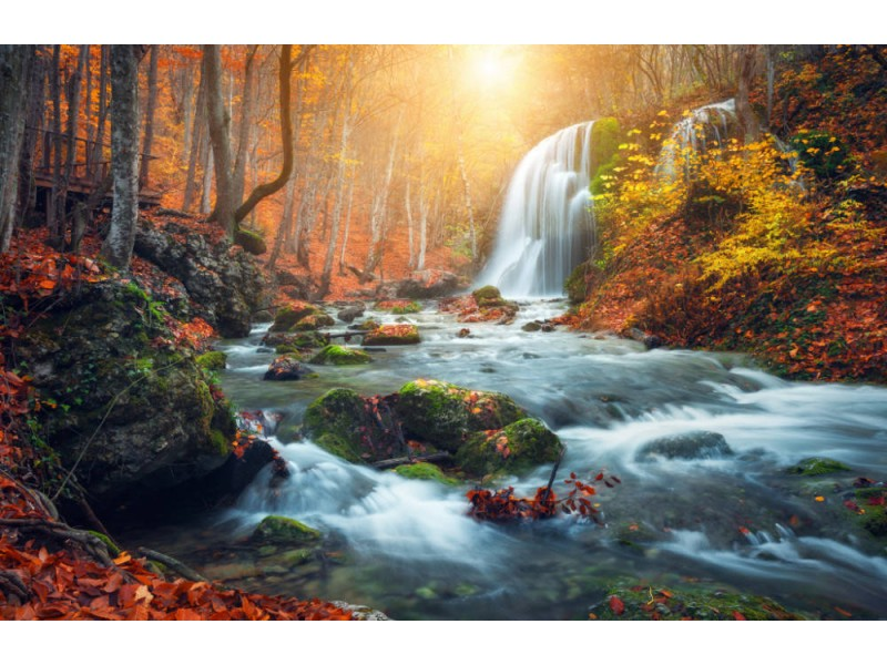 Fototapet Beautiful Waterfall At Mountain River