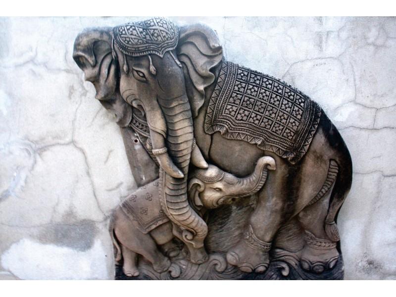 elefantskulptur i templet som göras av sten (11793264)
