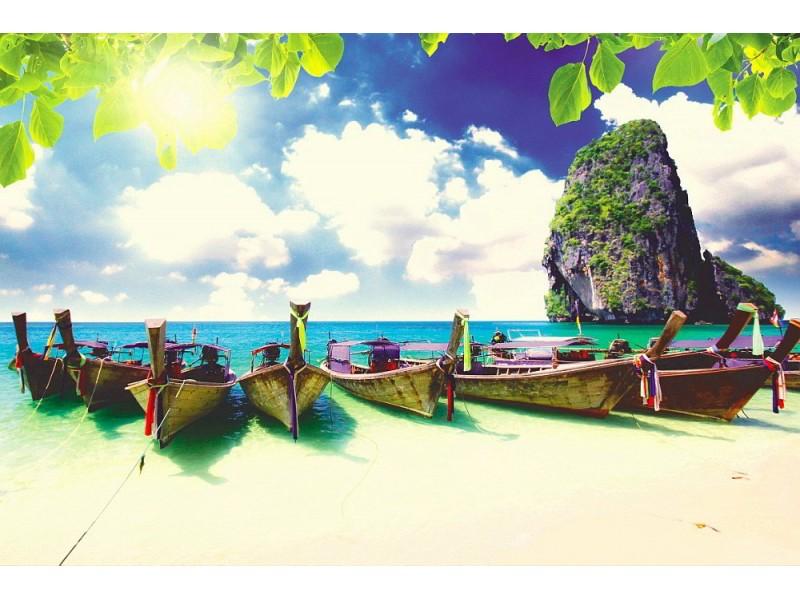 Fototapet långsvansbåt på tropisk strand på Krabi (Thailand)