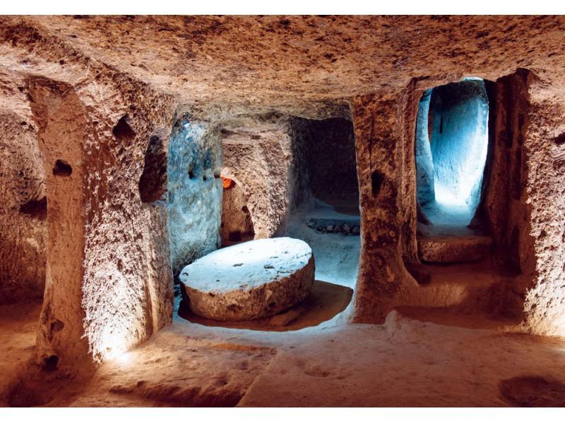 Fototapet av flernivå grottstad i Kappadokien, Turkiet (82328868)