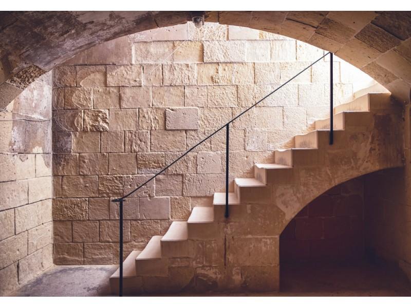 Fototapet gamla källartrappor (36978146)