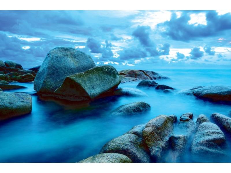 Fototapet sjövågornas slag mot stenar (21534100)