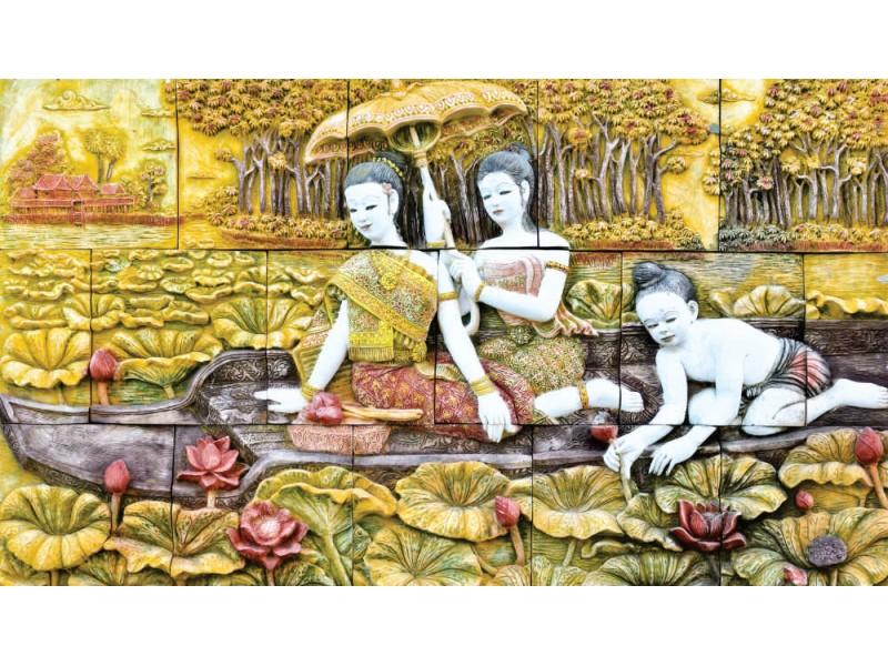 thailändsk stenhuggning på tempelväggen (18446919)