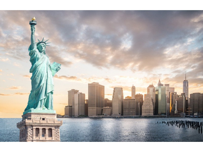 Fototapet The Statue Of Liberty With Lower Manhattan